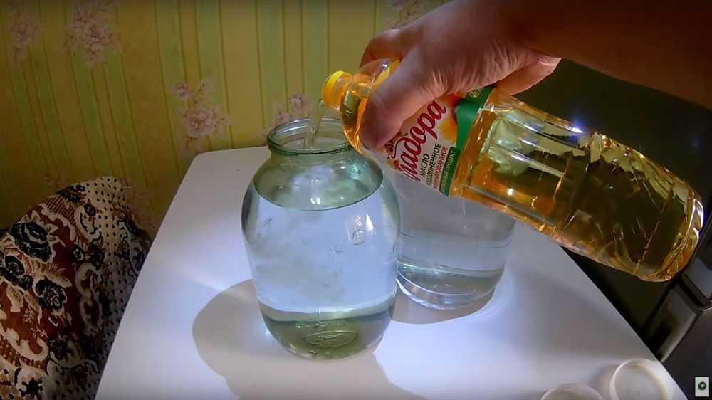 Самогон хорошо поддается очистке при помощи масла