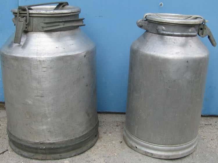 Молочный бидон самая популярная емкость под брагу.